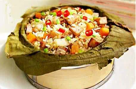 东莞正宗荷香蒸笼饭技术培训 一份学费俩人学,厨圣坊荷叶饭是广东图片