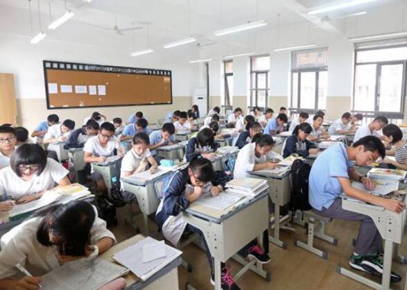 2020年江西鹰潭有哪些中专学校?