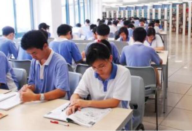 2020年赣州电子工业技术学校招生录取分数线