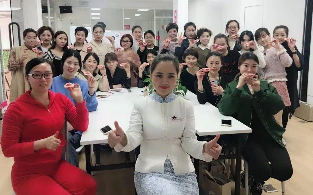 广西美容纹绣培训0基础学纹绣多少钱