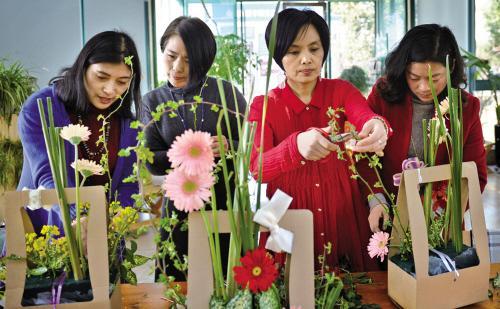 广州想开花店学插花