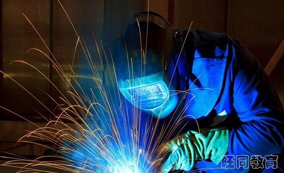 焊工操作证,焊工上岗报名流程以及考证多少钱?