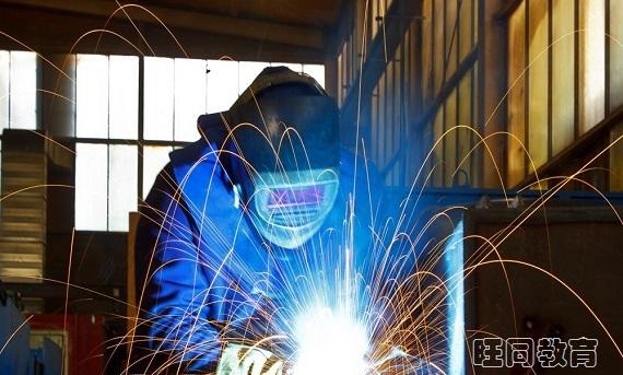 全国通用的焊工操作证哪里可以考,成都哪里报名考证较快?