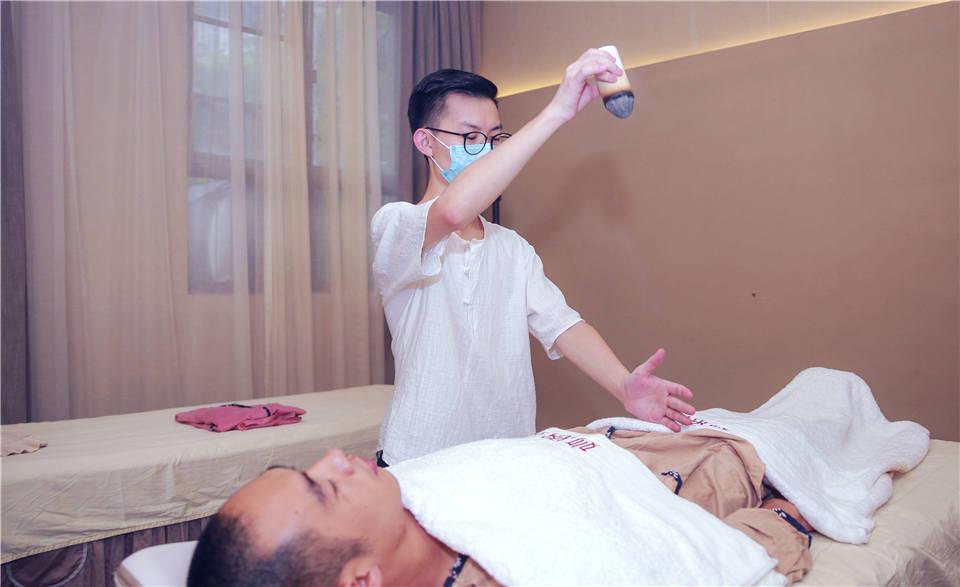 长沙岳麓区哪里有正确的艾灸方法视频?