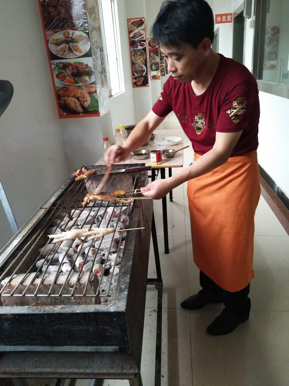 茂名附近去哪里学习炭火烧烤的做法