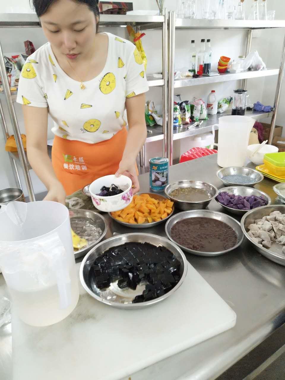 佛山哪里学甜品培训 要多少钱